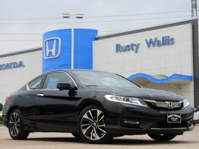 Pre Owned 2017 Honda Accord Ex